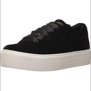 New Kenneth Cole Abbey Velvet Platform Sneaker